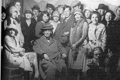 Bertholdheld mit absolventen des jahres 1928